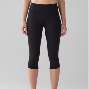 Lululemon Lean In Crop Size 6